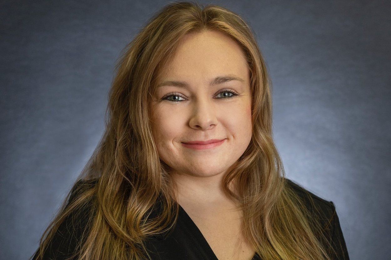 Shaelynn is our service consultant. Shae is responsible for reviewing the patient programs