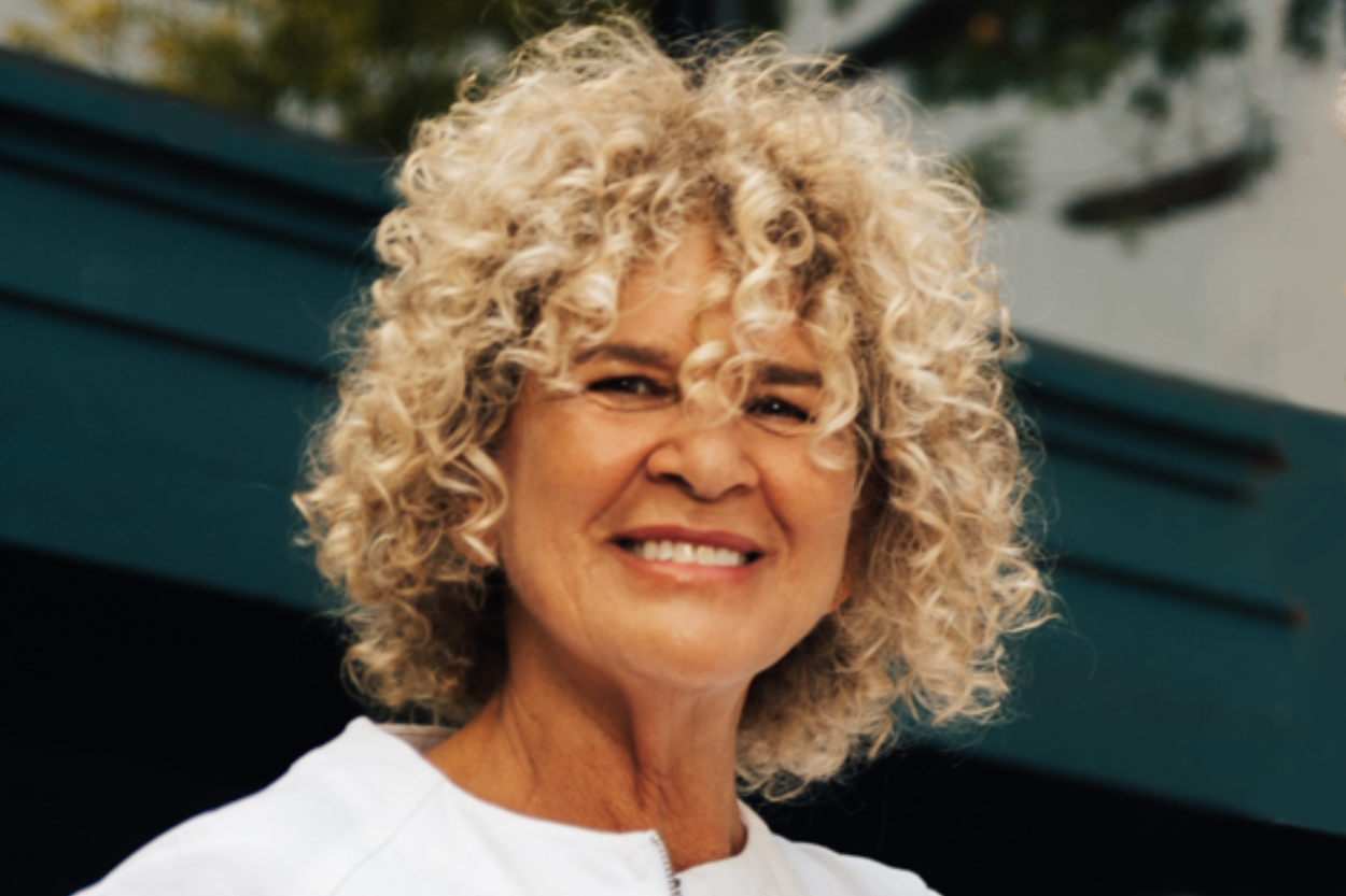 Sue Minkoff, Registered Nurse & Co-Founder Sue gained a B.S. in Medical Microbiology