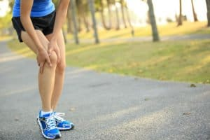 A patient with knee pains. We offer PEMF therapy for Knee Pain